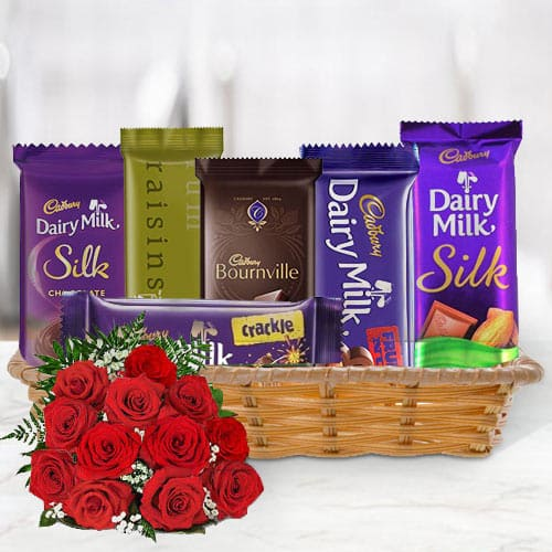 Online Gift Combo of Cadbury Chocolates with Red Roses