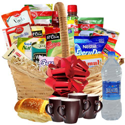 Adorable Passover Luxury Feast Breakfast Gift Hamper