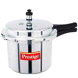 Cooking Delight with Prestige Popular 3 Ltrs Aluminium Pressure Cooker