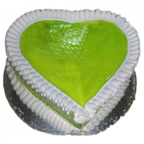 Delicious Kiwi Cake in Heart-Shape