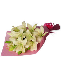Ravishing Bouquet of White Lilies
