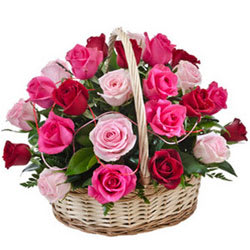 Exotic Stands for Love 15 Pink N Red Roses Basket