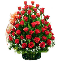 Dazzling Dreamland Premium Red Roses in a Basket<br>
