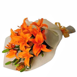 Beautiful Bouquet of 6 Blooming Lilies