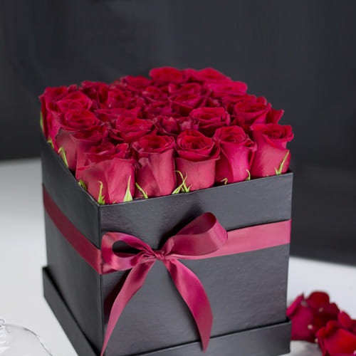 Remarkable Bed of Red Roses in a Box