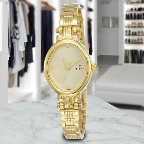 Marvelous Titan Analog Womens Watch