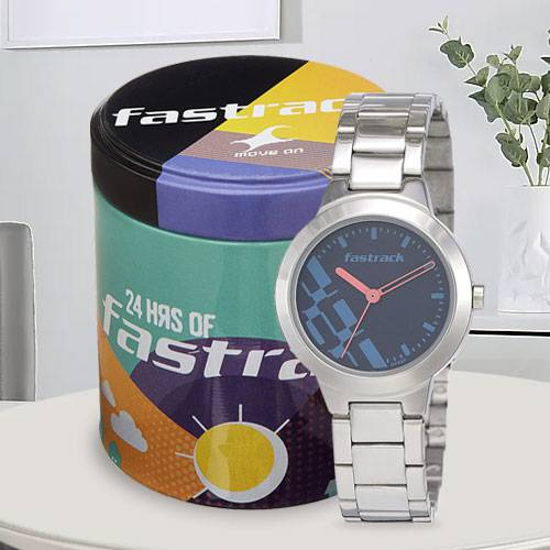 Outstanding Fastrack Analog Womens Watch